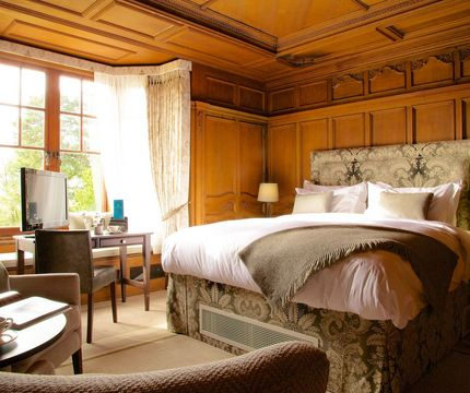 Wood Norton Hotel in Worcestershire - Luxury room